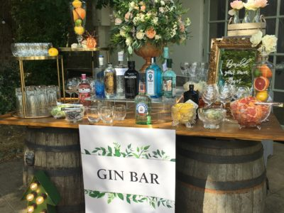 Vintage rustic barrels gin station copy