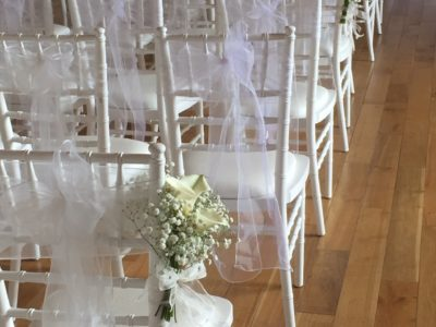 White chivari wedding chairs wedding ceremony decoration